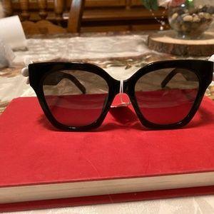 Marc Jacobs Black Daisy Large Sunglasses NWT
